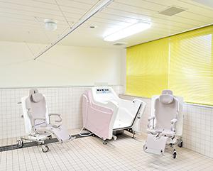1F 介護浴室
